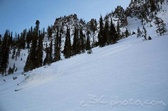 Skiing the apron